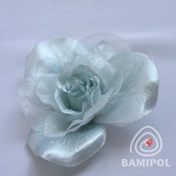 20.04 róża na agrafce1